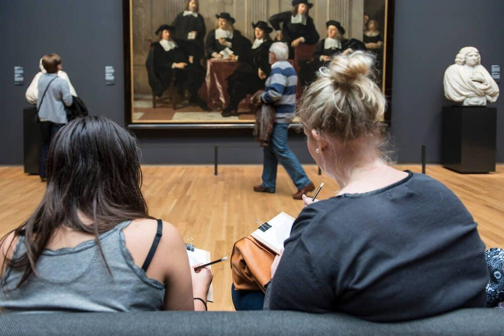 rijksmuseum selfies on paper freeyork 1 - An Amsterdam Museum Asks Visitors to Change Their Selfie Sticks for Pencils and Paper
