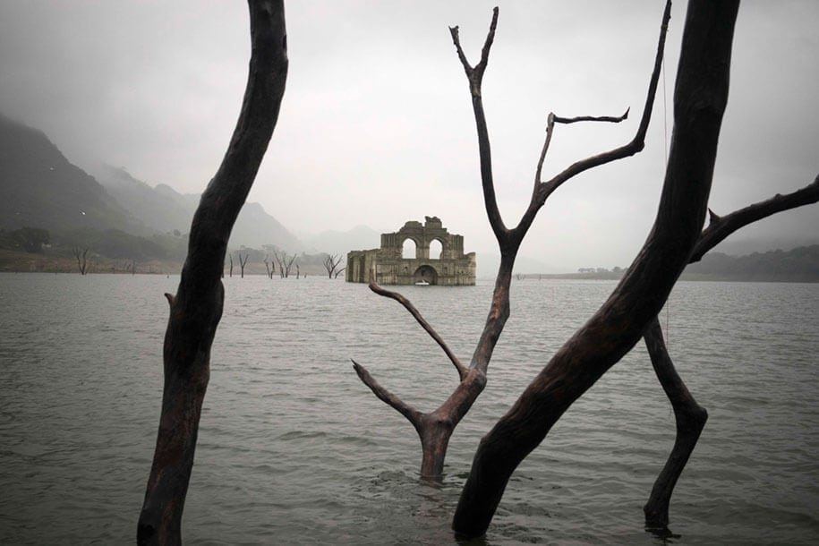 450-Year-Old Church Emerges From The Waters Of A Mexican Reservoir -underwater, mexico