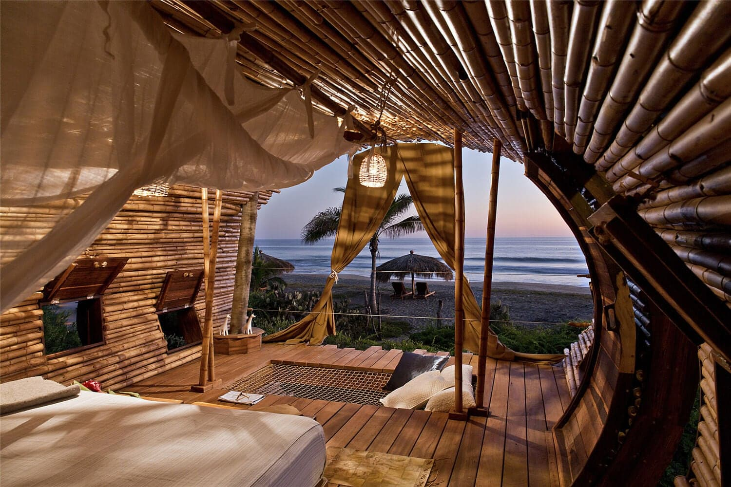 bamboo-treehouse-mexico-1