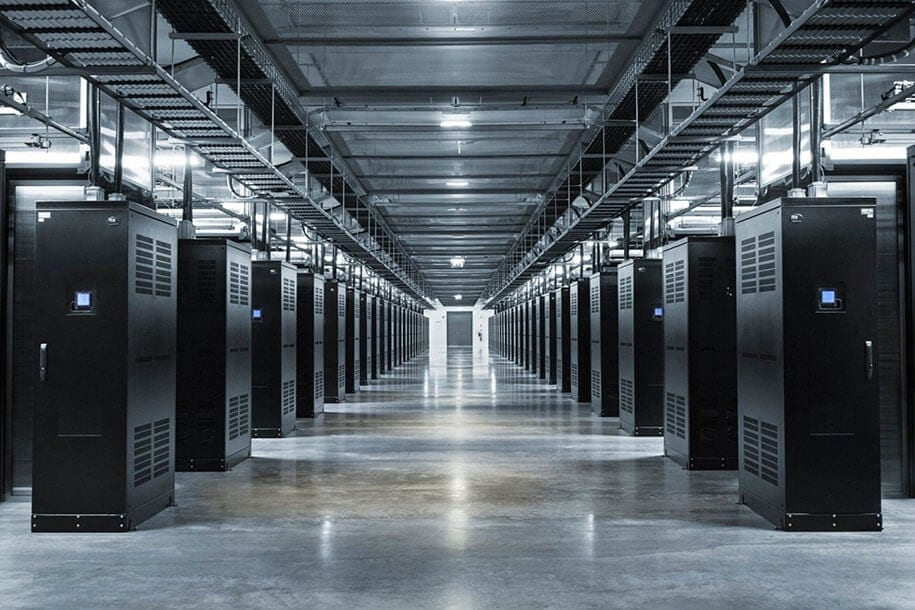 facebook-server-farm-sweden-6