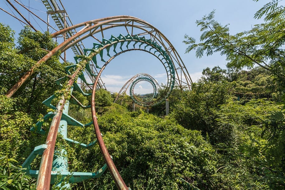 japan romain veillon 3 - Forsaken Japanese Dreamland Theme Park by Romain Veillon