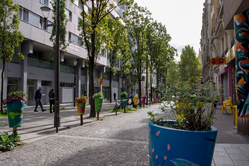 Paris Allows Residents to Plant Urban Gardens All Over the City -paris, gohome