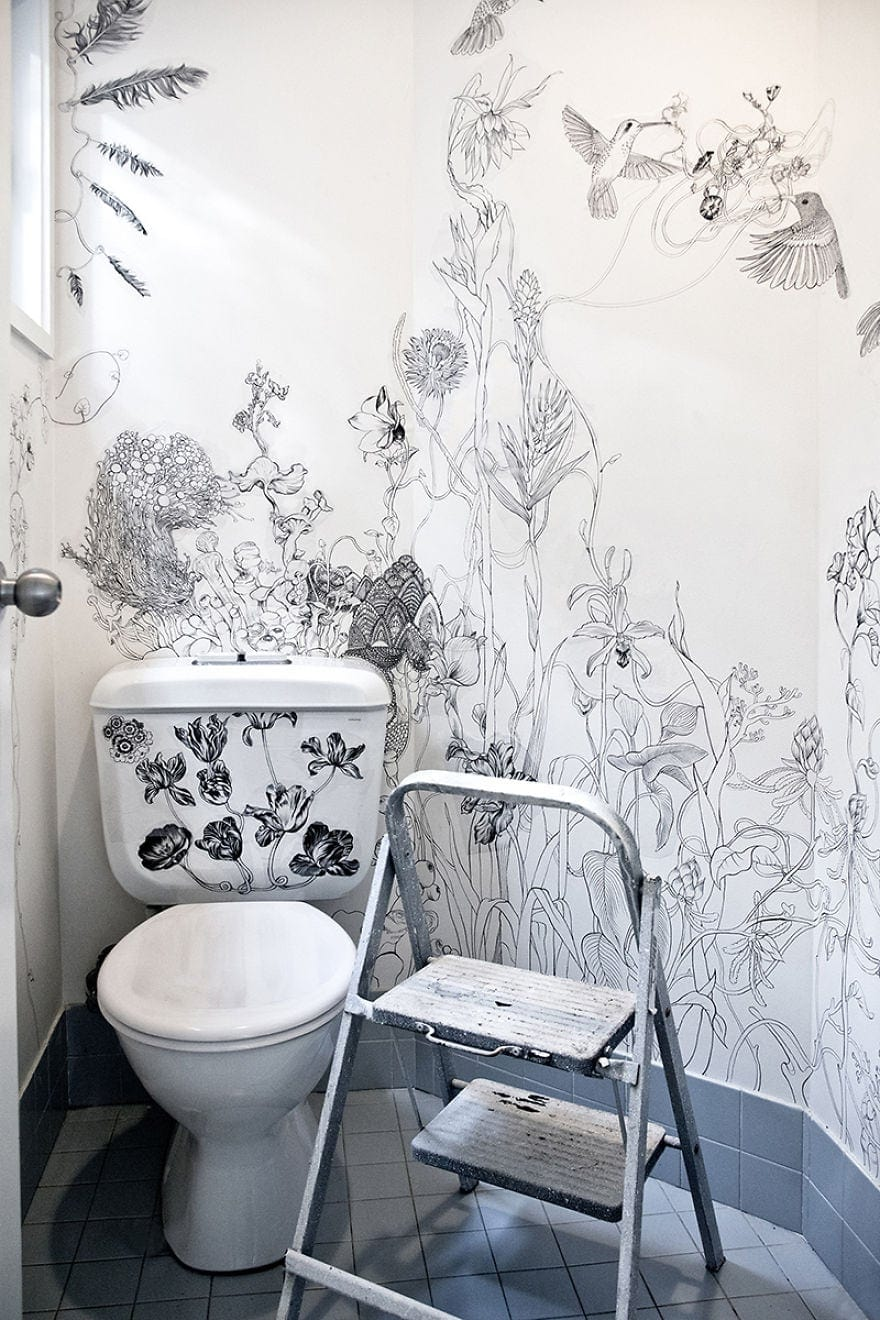 Designer Transforms Her Regular Bathroom Into An Exceptional Work Of Art   Transformation, Full