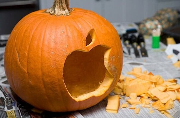 designer-pumpkin-carvings-2