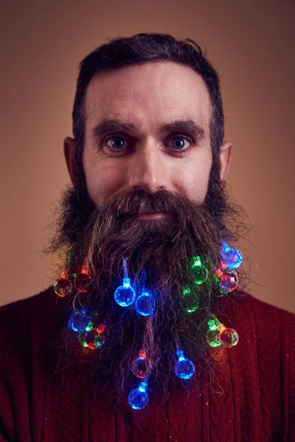 beard-fairy-lights-4