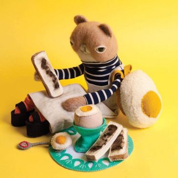 Charming Animal Characters Handcrafted from Felt by Cat Rabbit -felt, animals