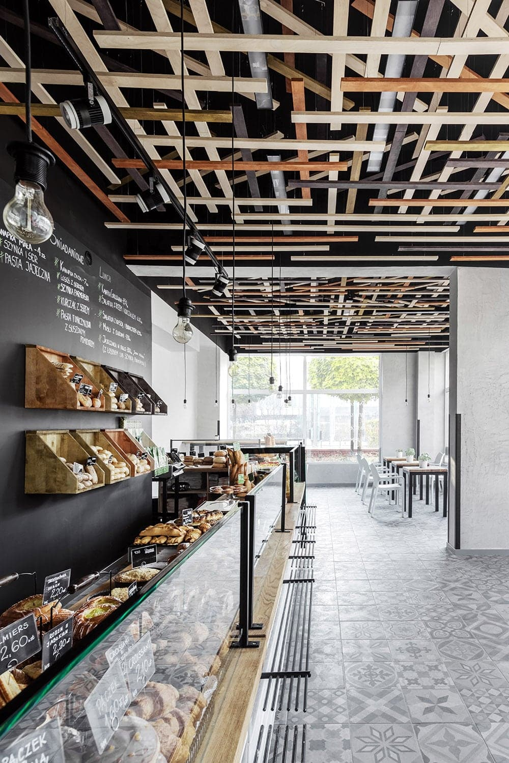 Przystanek piekarnia bakery freeyork for Shop ceiling design