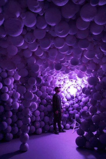 Captivating  'Hourglass' Installations Engage Visitors in the Sands of Time -zen, sand, japan, installation, exhibition, Daniel Arsham