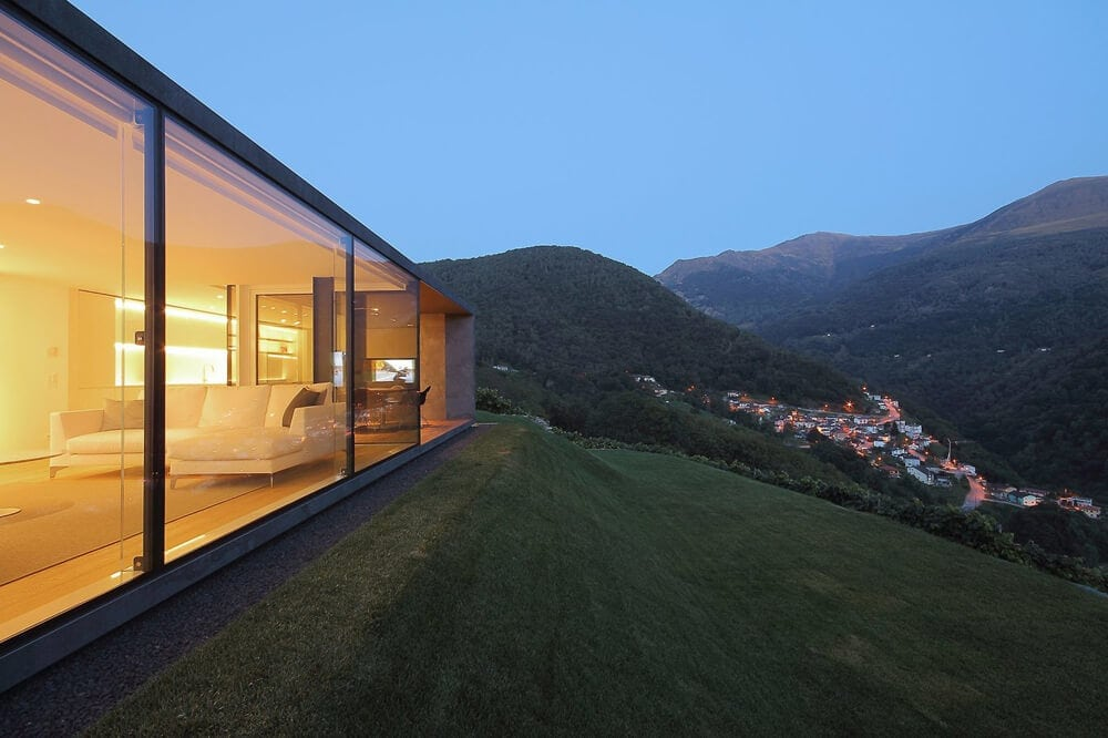 Monte bar Villa with An Incredible View in Switzerland by JM Architecture -