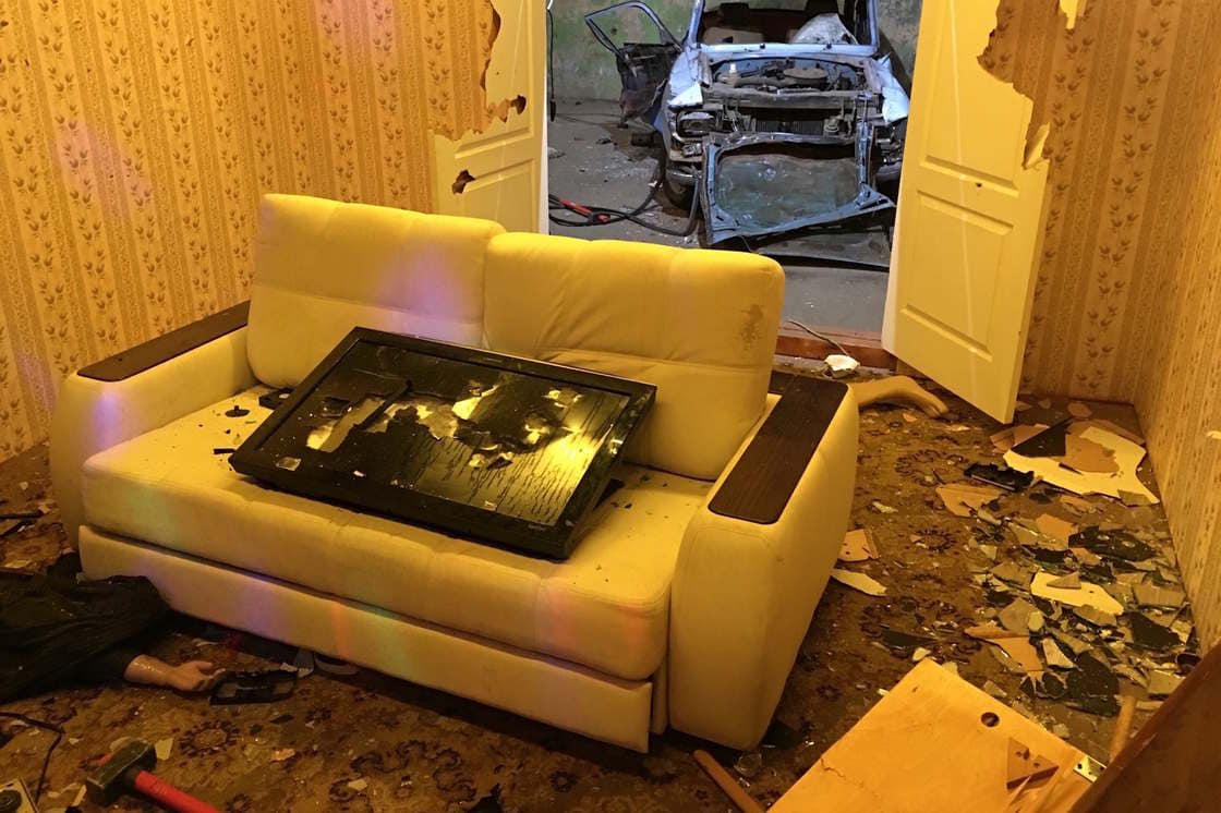 "Russian ""Smashing Rooms"" Are The Best Place To Release Your Anger -"