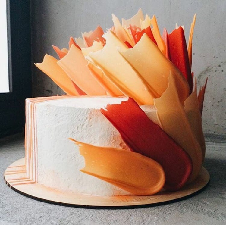 brushstroke cakes kalabasa fy 13 - Russian Bakery Bakes Cakes with a Painterly Twist