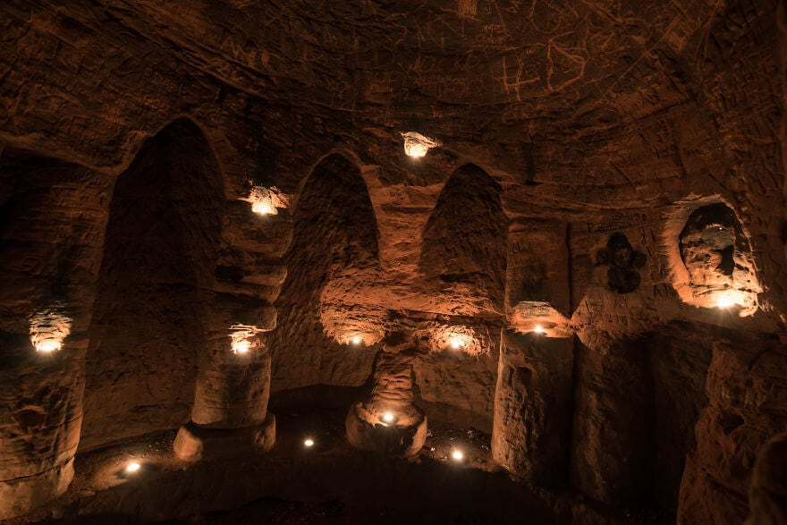 Tiny Rabbit Hole Leads To A Hidden 700-Year-Old Knights Templar Underground Network -
