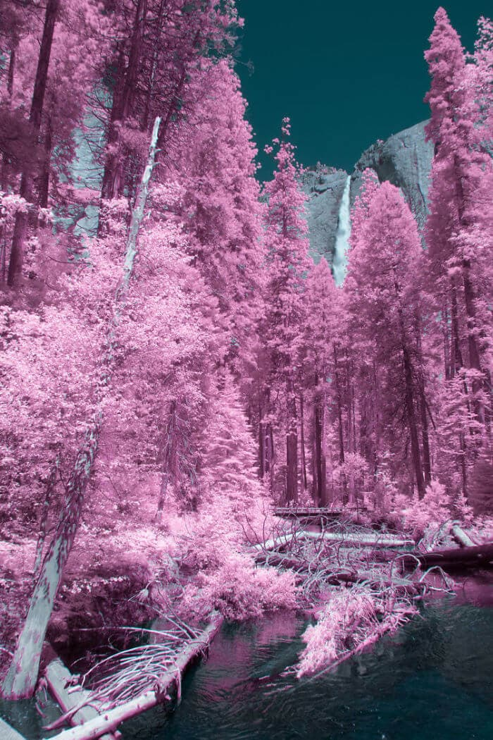 These Infrared Photos of Yosemite Looks Like Another Planet -