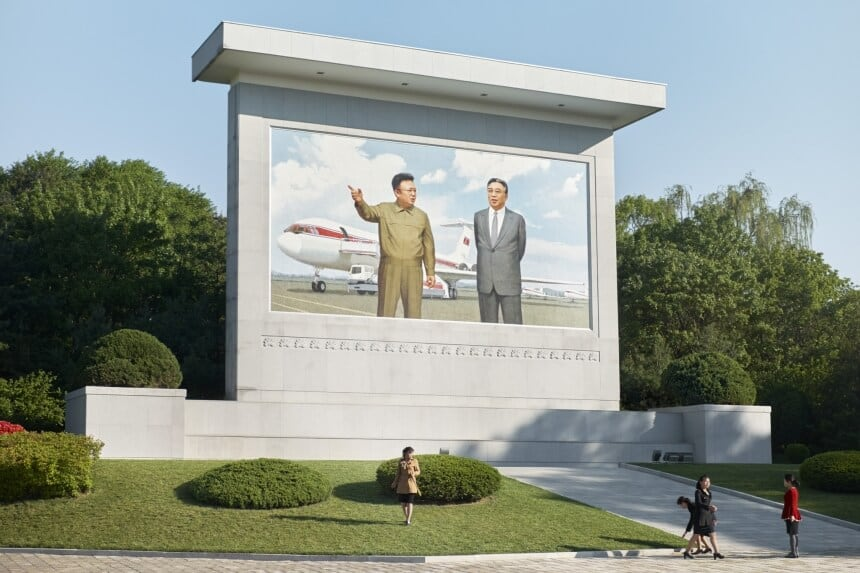 Book 'Dear Sky' Depicts Routine Operations of The Planes and People of North Korea's Airline -