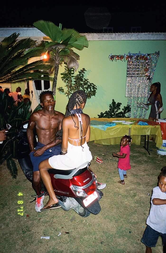 Photos Of The Artists And Hustlers of Jamaica's Dancehall Scene -dancers, dance