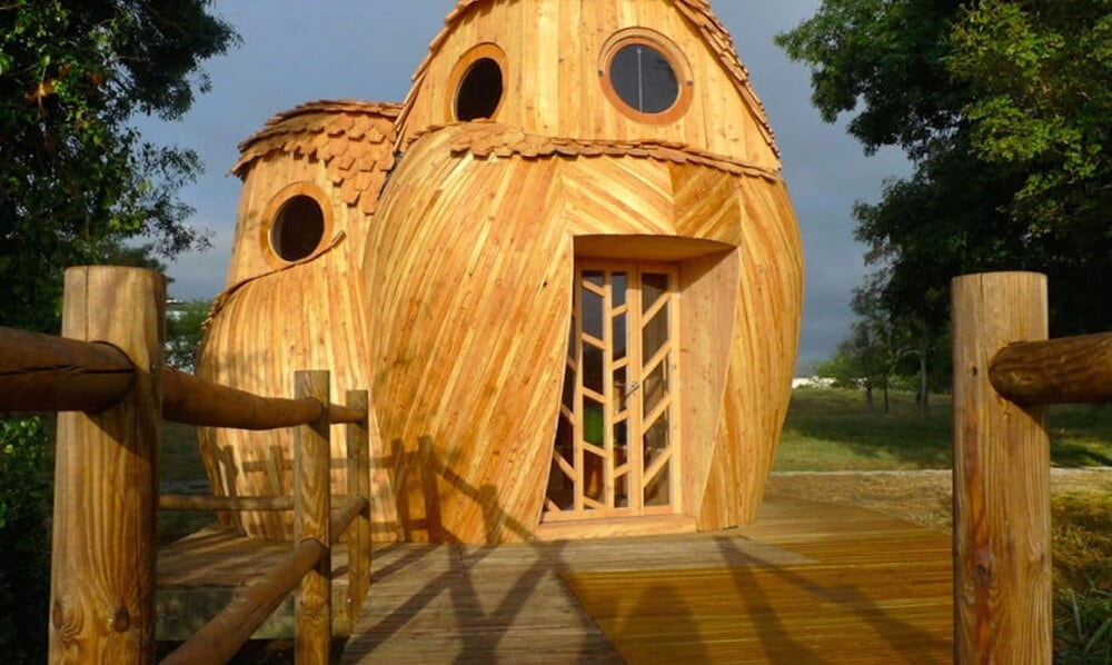 These playful owl cabins let you camp for free in Bordeaux, France -