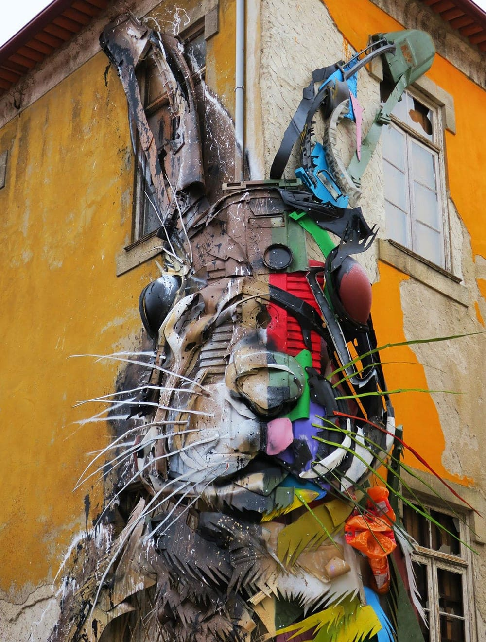 Gigantic Animals Made of Wood And Plastic Waste by Bordalo ...