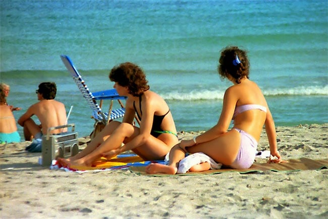 Rare Photos Of Teenagers On The Beaches Of Florida In The Early 1980s -beach