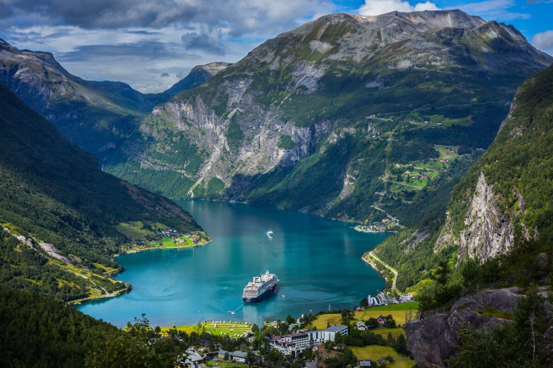 geiranger fjord 02 1100x733 - 25 Most Breathtaking Places in the World That You Must Visit Soon