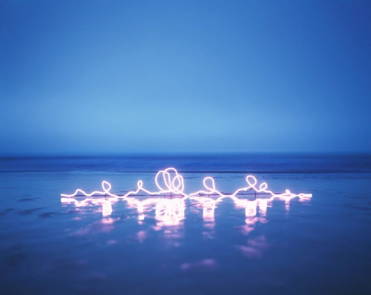 Jung Lee' Abstract Neon Light Letters -neon, gohome