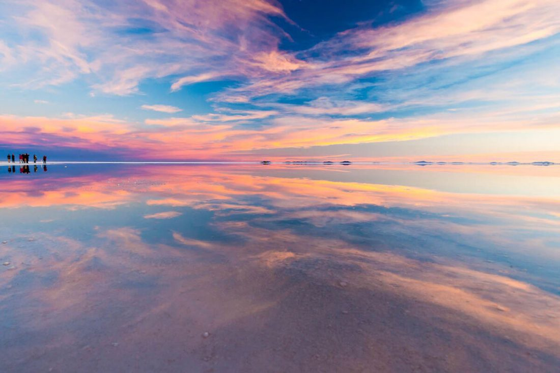 salar de uyuni 02 1100x733 - 25 Most Breathtaking Places in the World That You Must Visit Soon