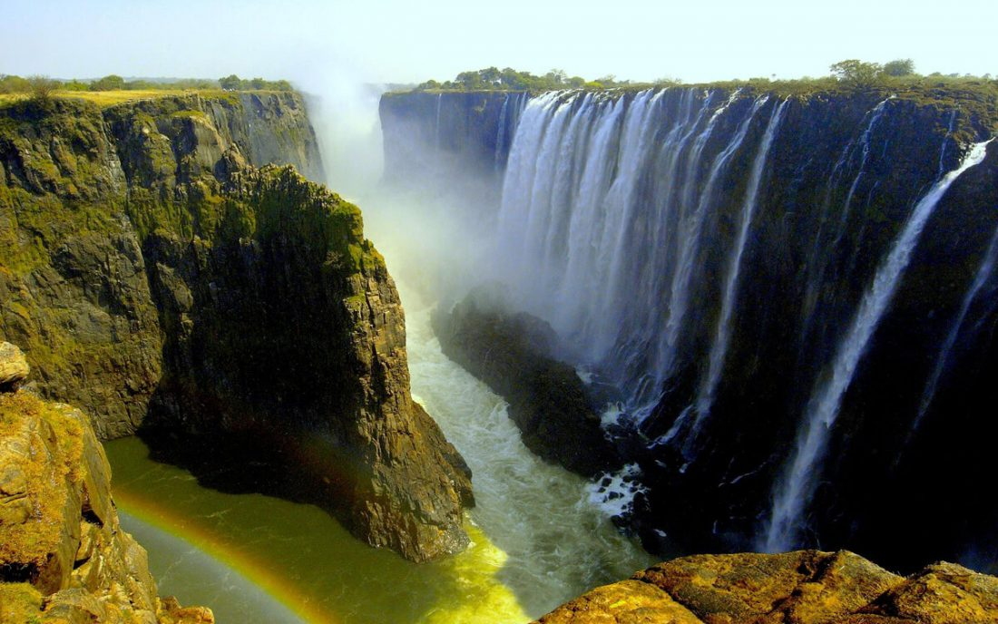 victoria falls 02 1100x688 - 25 Most Breathtaking Places in the World That You Must Visit Soon