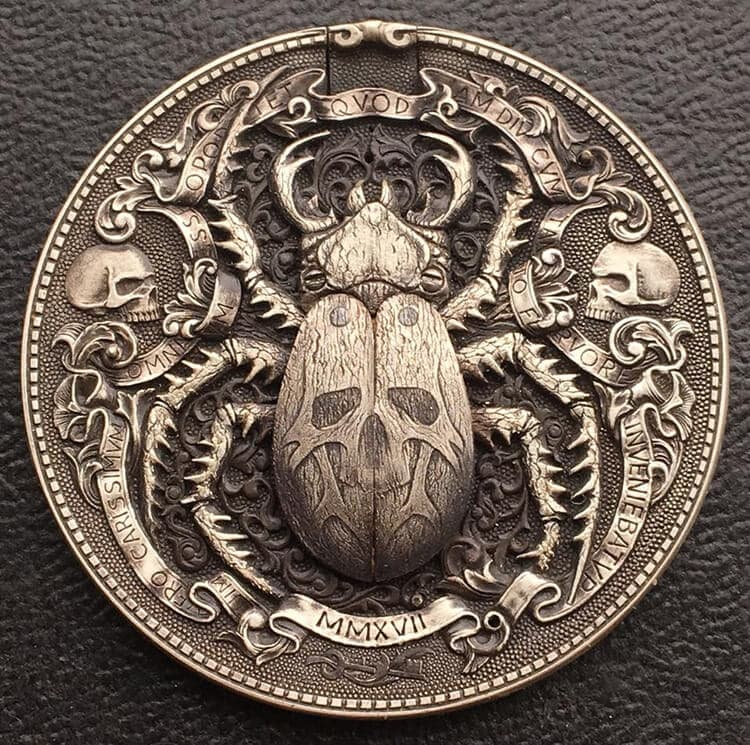 Russian Artist Engraves Unbelievably Intricate Gold Bug inside of a Coin -handcraft, coin