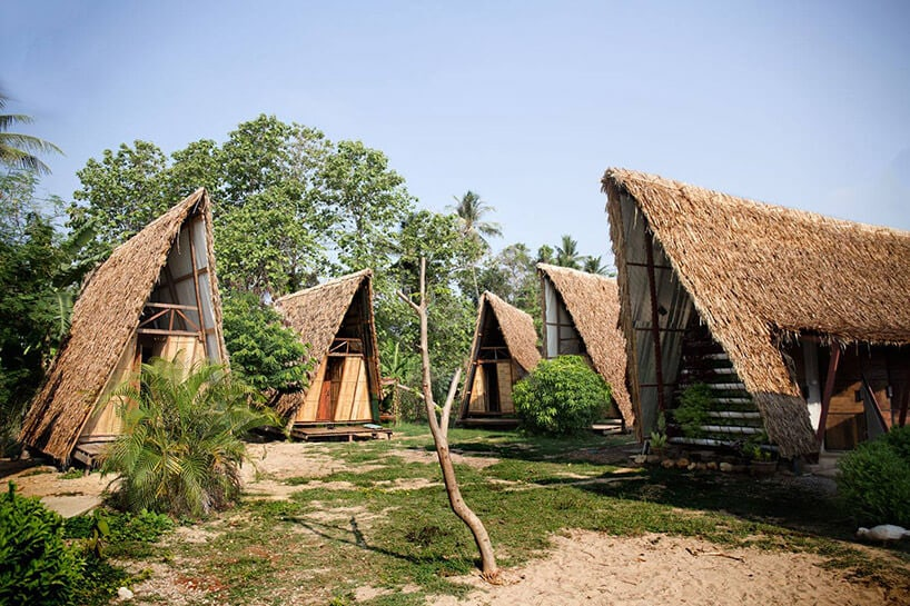 Estudio Cavernas builds a Thai Youth Center With Only Sugarcane and Timber -thailand, gohome, architecture