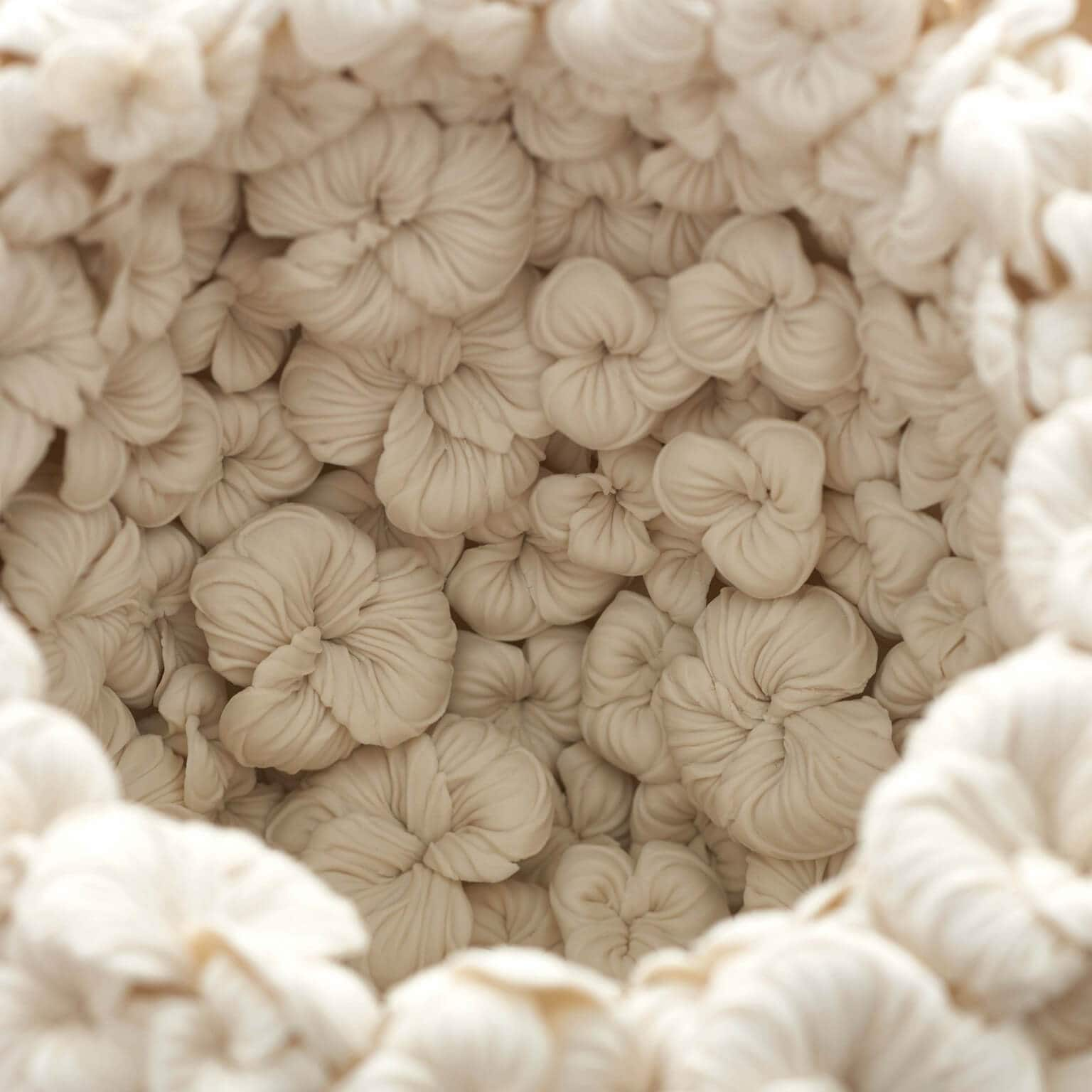 Porcelain Sculptures Closely Layered in Botanical Patterns by Hitomi Hosono -sculptures, gohome, clay sculptures, ceramics, ceramic