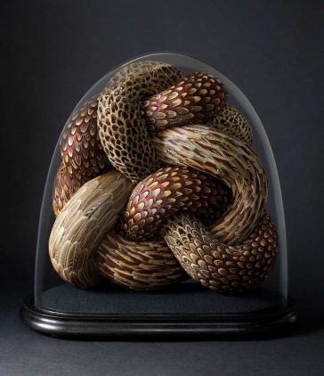 Artist Kate MccGwire Creates Serpentine Snake-Like Sculptures from Fallen British Bird Feathers -sculptures, gohome, birds