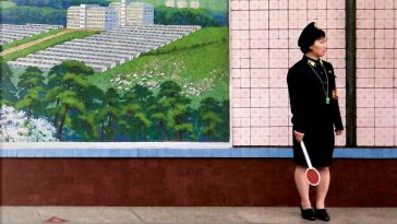 Inside North Korea: Guardian's Photographer Explains Highlights From His New Book -photographer, photo-project, North Korea, gohome