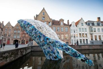 Giant 12-Meter Sculpture of Whale Created from a Plastic Waste found in the Pacific Ocean -whale, waste, sculpture, gohome