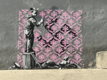 Banksy Hits Paris' Walls with New Political Works Criticizing The Curent Government -murals, gohome, Banksy